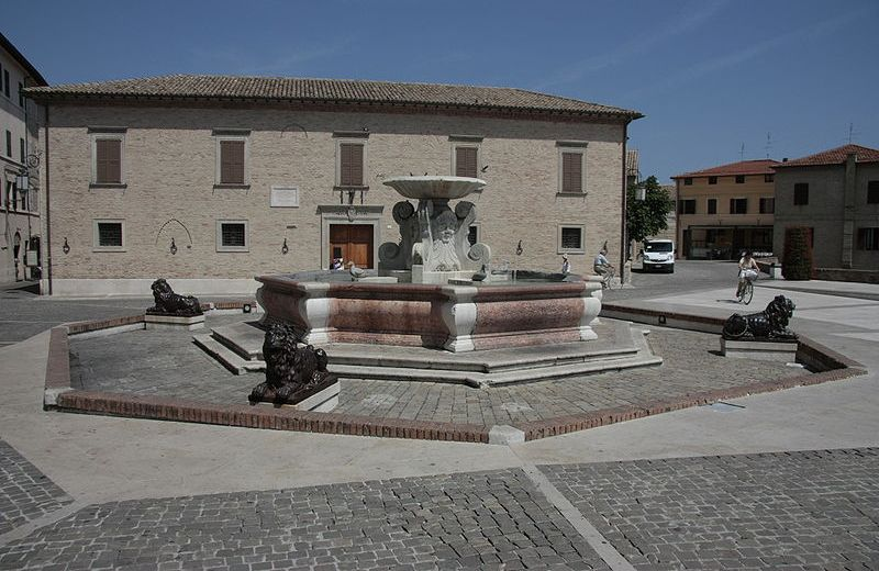 Fontana delle Anatre Senigallia