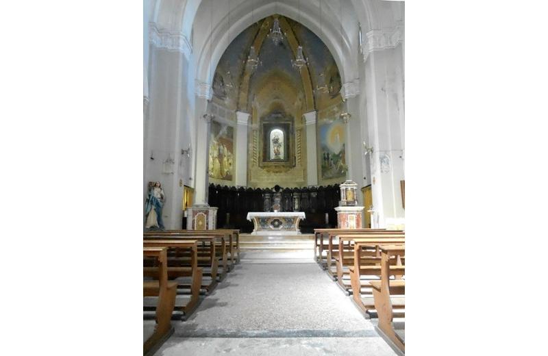 Interno della Chisa di Santa Maria Immacolata a Senigallia