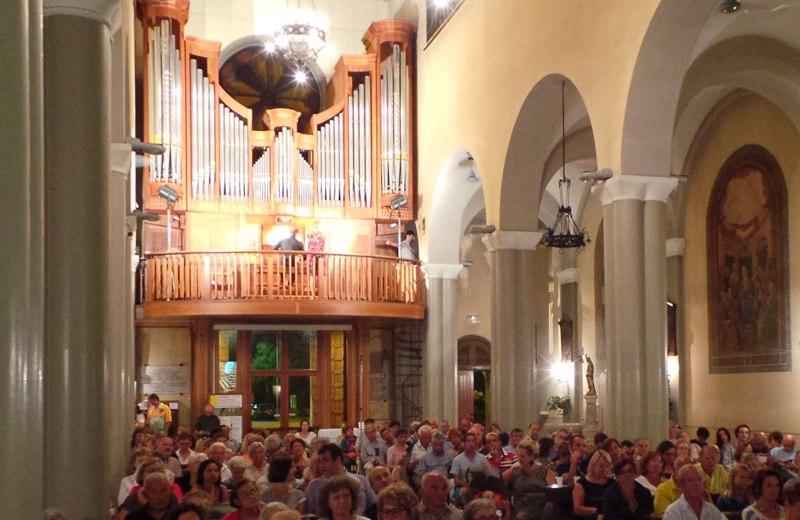 Organo Pinchi opus 422 anno 2001, nella Chiesa Santa Maria della Neve detta del Portone