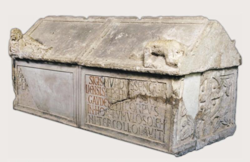 Sarcofago di S. Gaudenzio Duomo di Senigallia