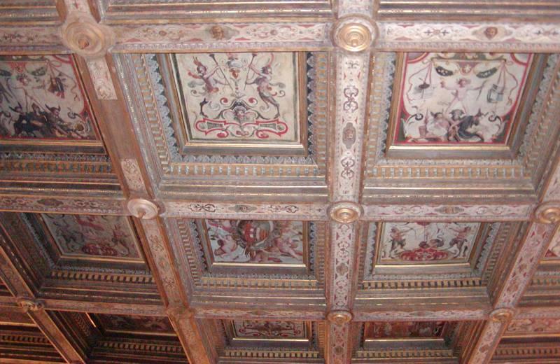 Soffitto della sala del trono del Palazzo del Duca Senigallia