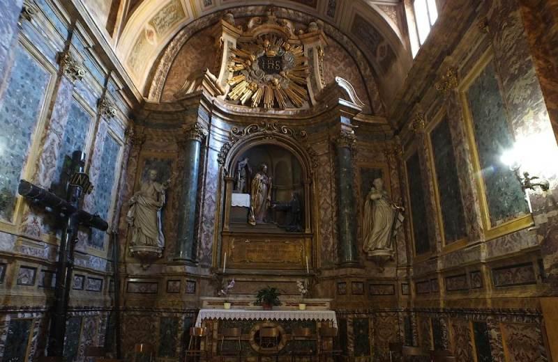 Cappella nel transetto di destra nell'Abbazia di Santa Maria di Lucedio, in provincia di Vercelli