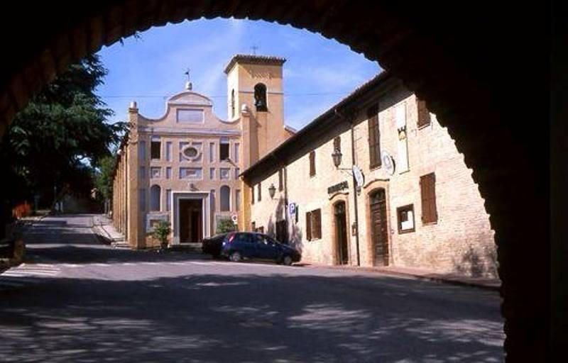 Chiesa di San Francesco di Paola, altrimenti detta del Santissimo Crocefissodi Castelleone di Suasa