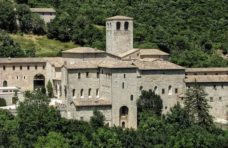 Eremo di Santa Croce di Fonte Avellana, Serra Sant'Abbondio