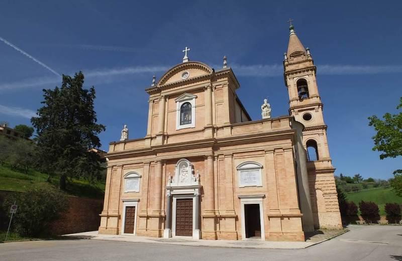 Il santuario campestre della Madonna della Rosa di Ostra